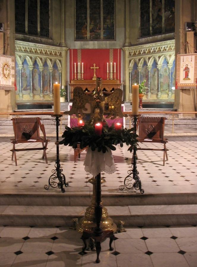Holy Trinity Nice--Advent