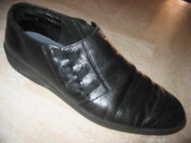 my black shoe